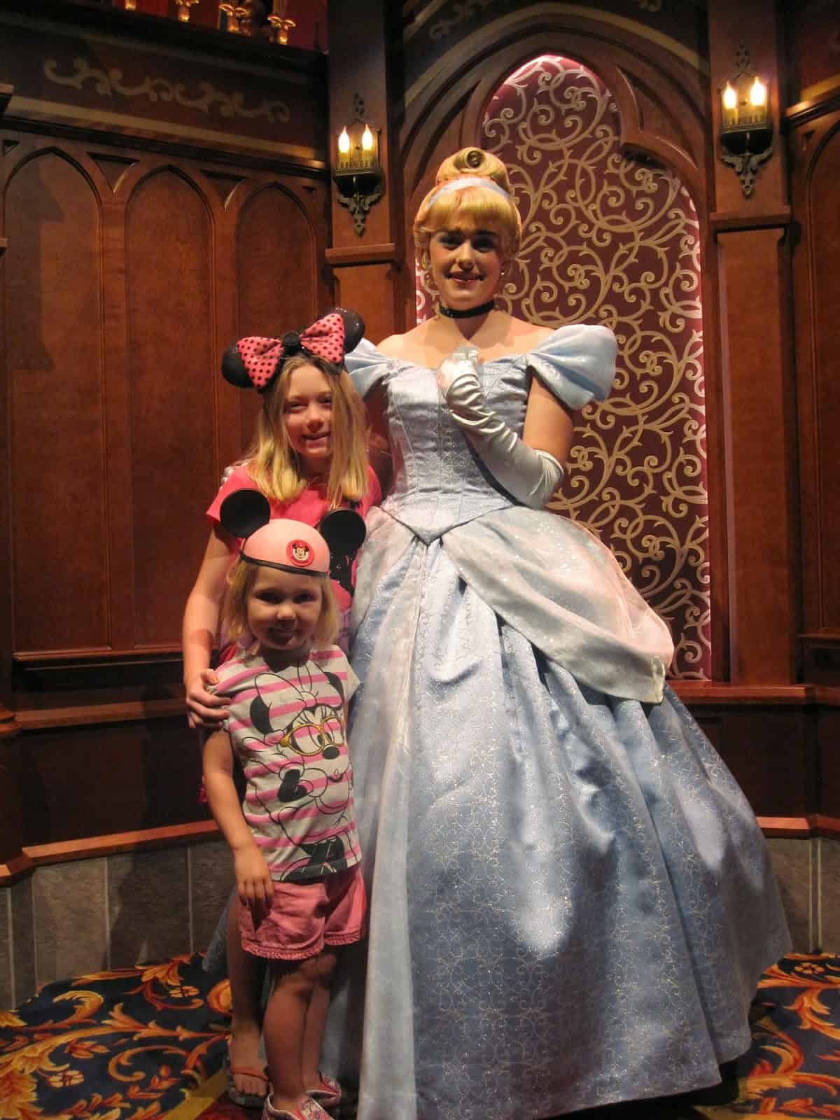 Minnie Moments: What to Wear to Disneyland