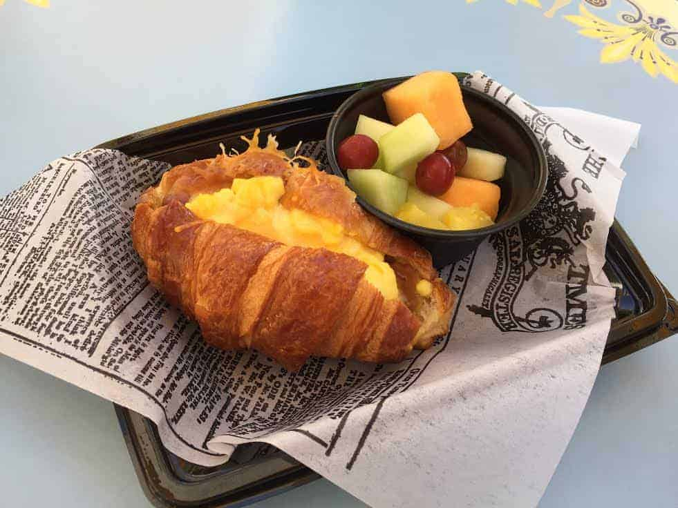 Disneyland breakfast Jolly Holiday