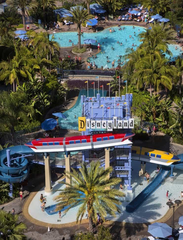 op Disneyland area hotel pools
