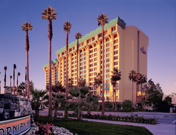 Disneyland area hotel pools