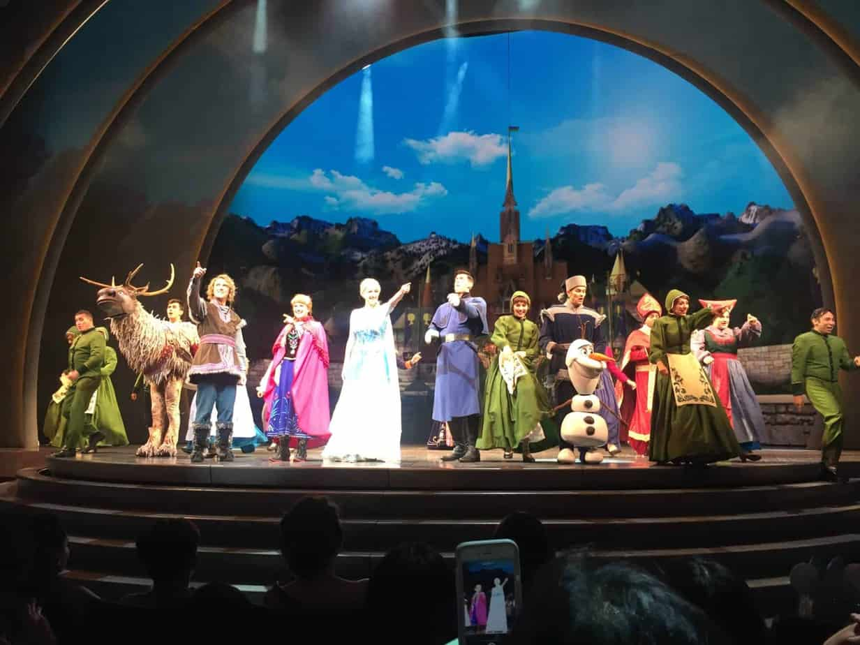 Frozen Live at the Hyperion Disneyland
