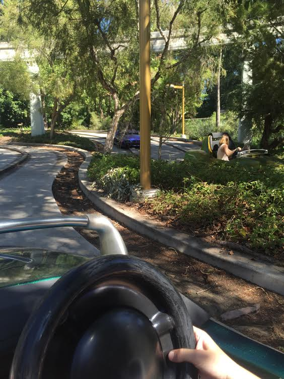 The Complete Disneyland Ride Guide. Autopia, © The Happiest Blog on Earth.