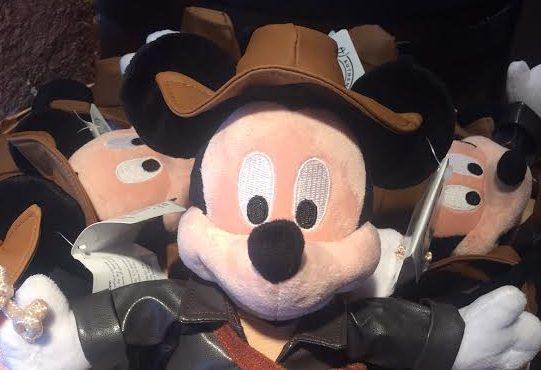 Indiana Jone Mickey Mouse