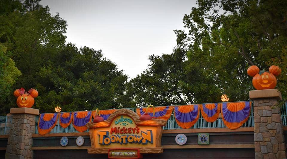 Halloween Mickey's Toontown