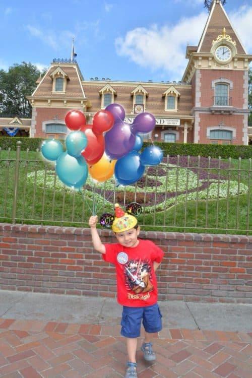 Best Disneyland PhotoPass Spot magic shot