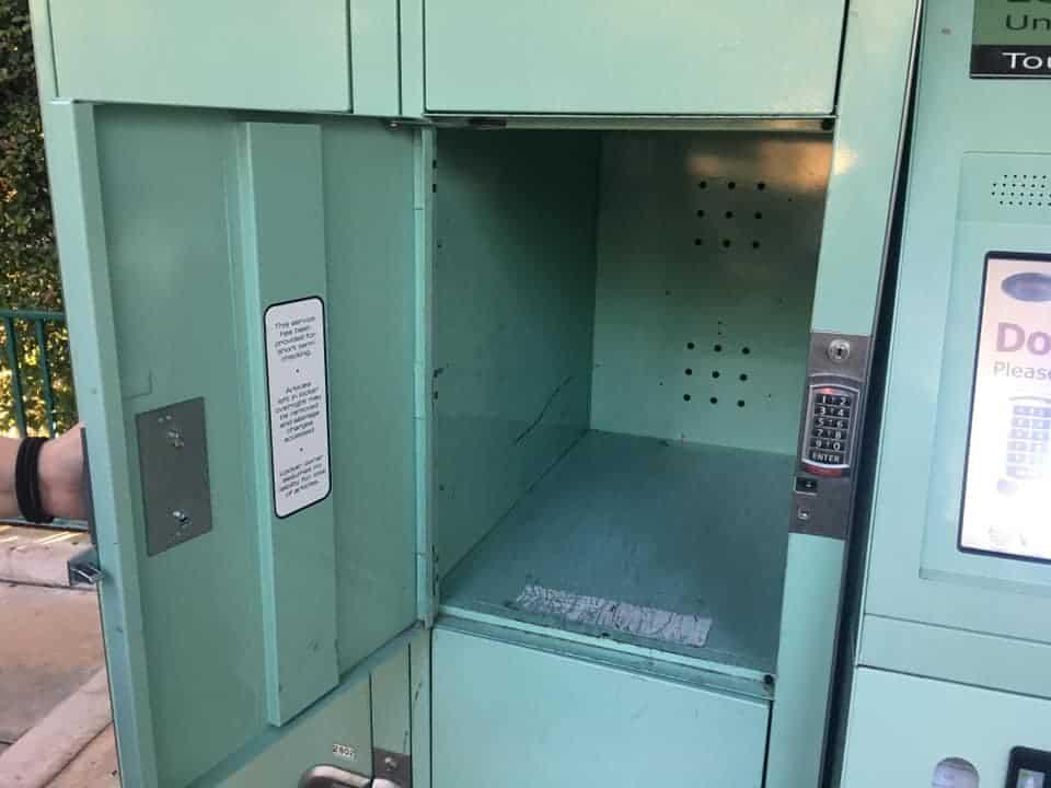 Jumbo Disneyland locker fits carry on luggage
