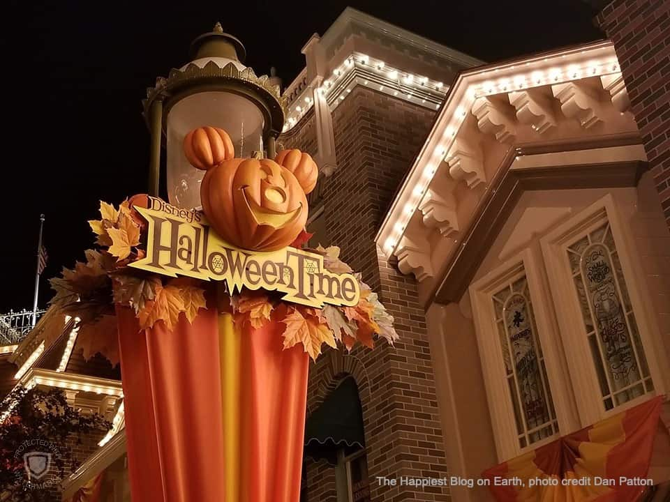 Halloween Octtober 31 2020 Disneyland Disneyland Halloween Time 2020 | The Happiest Blog on Earth