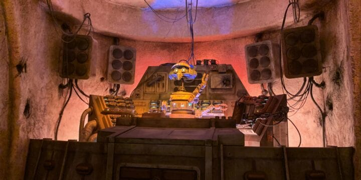 Family Guide to Oga's Cantina