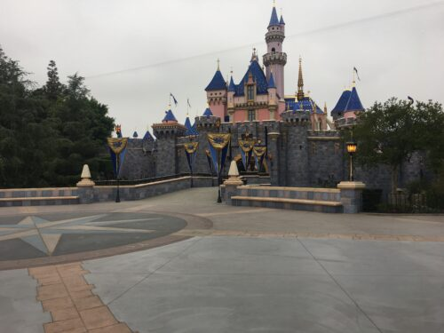Disneyalnd Castle empty