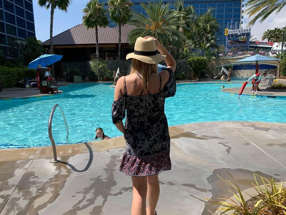 Disneyland Hotel poolside