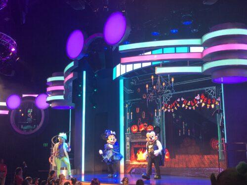 MickeyTrickorTreatshow