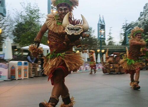 Moana parade disneyland