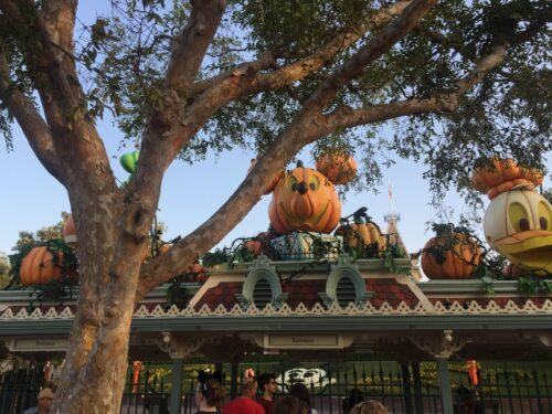 Halloween Disneyland gates