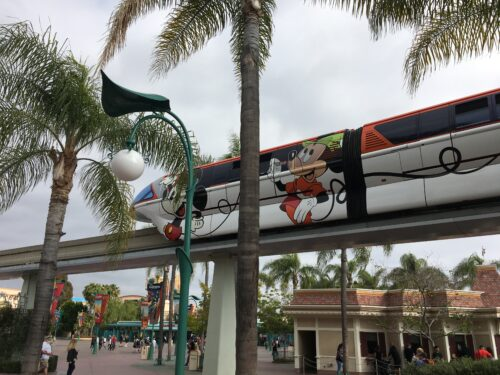DisneylandMonorail