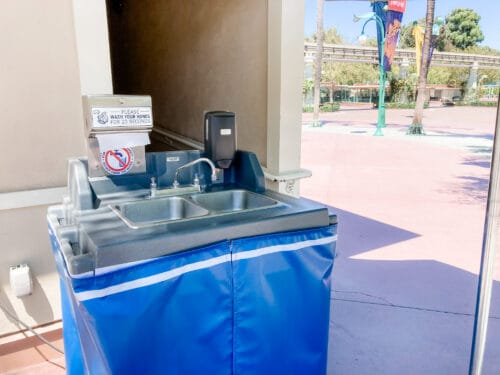 Downtown Disney wash station