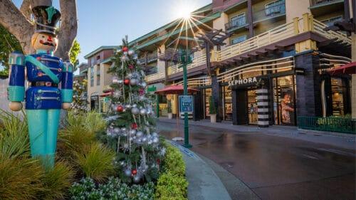 Downtown Disney Christmas decorations