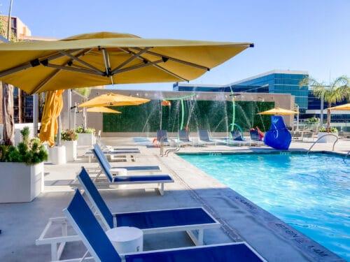 Residence Inn Anaheim pool