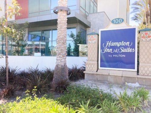 Hampton Inn Anaheim sign