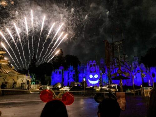 Halloween Screams fireworks